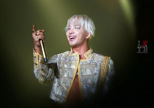 Taeyang-RISEcons-SEOUL-allthreenights-various_04