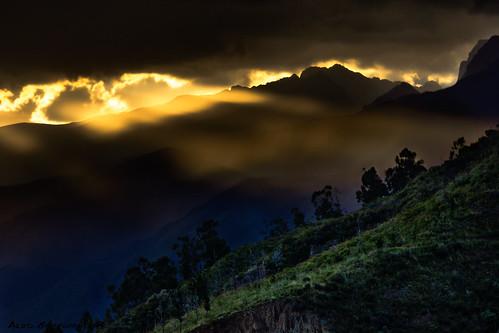 sunset sky mountains green yellow forest hdr skylights tunari canon550d tunarinationalpark