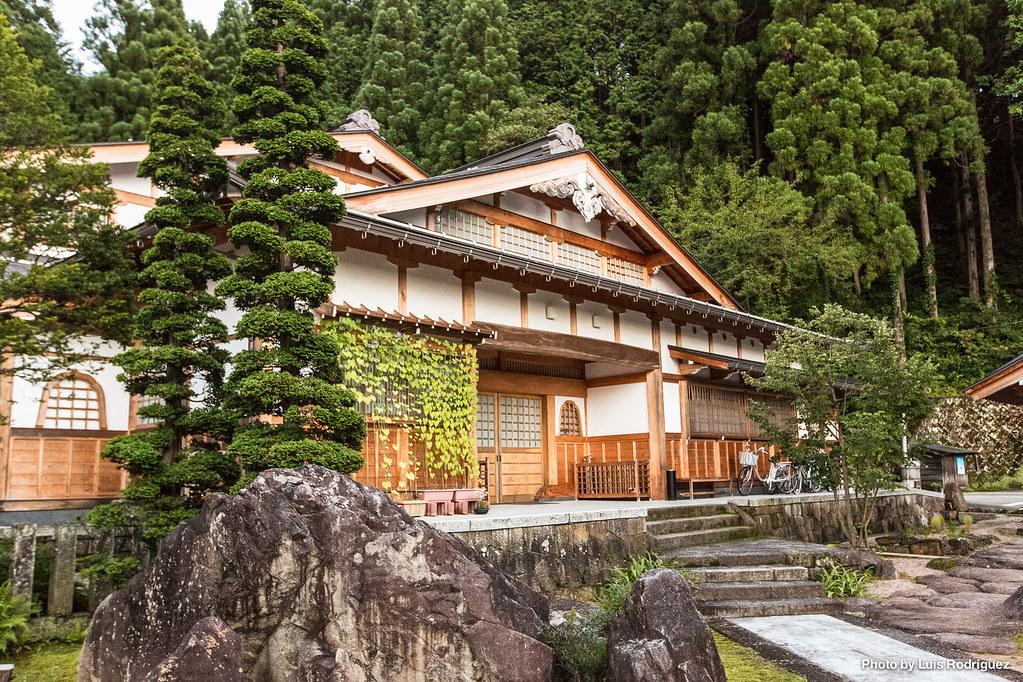Takayama-106