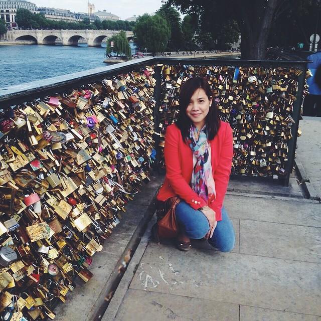 Kara Goes to Paris and London