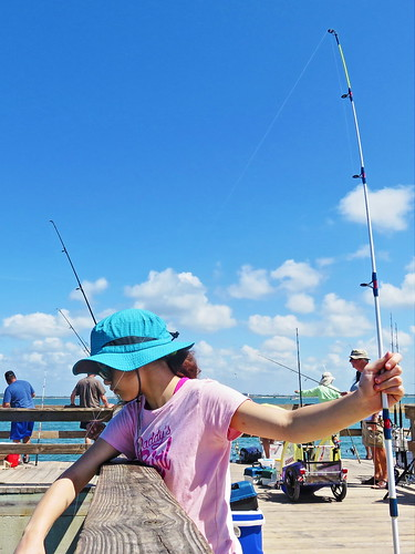Nieta at Sanibel Fishing Pier 20150409