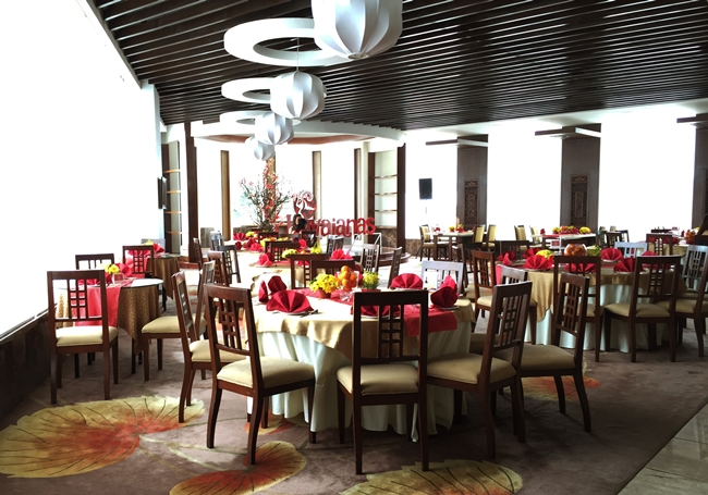 The Lotus Court lends the perfect background for the Chinese New Year themed Obrigada 2015 party