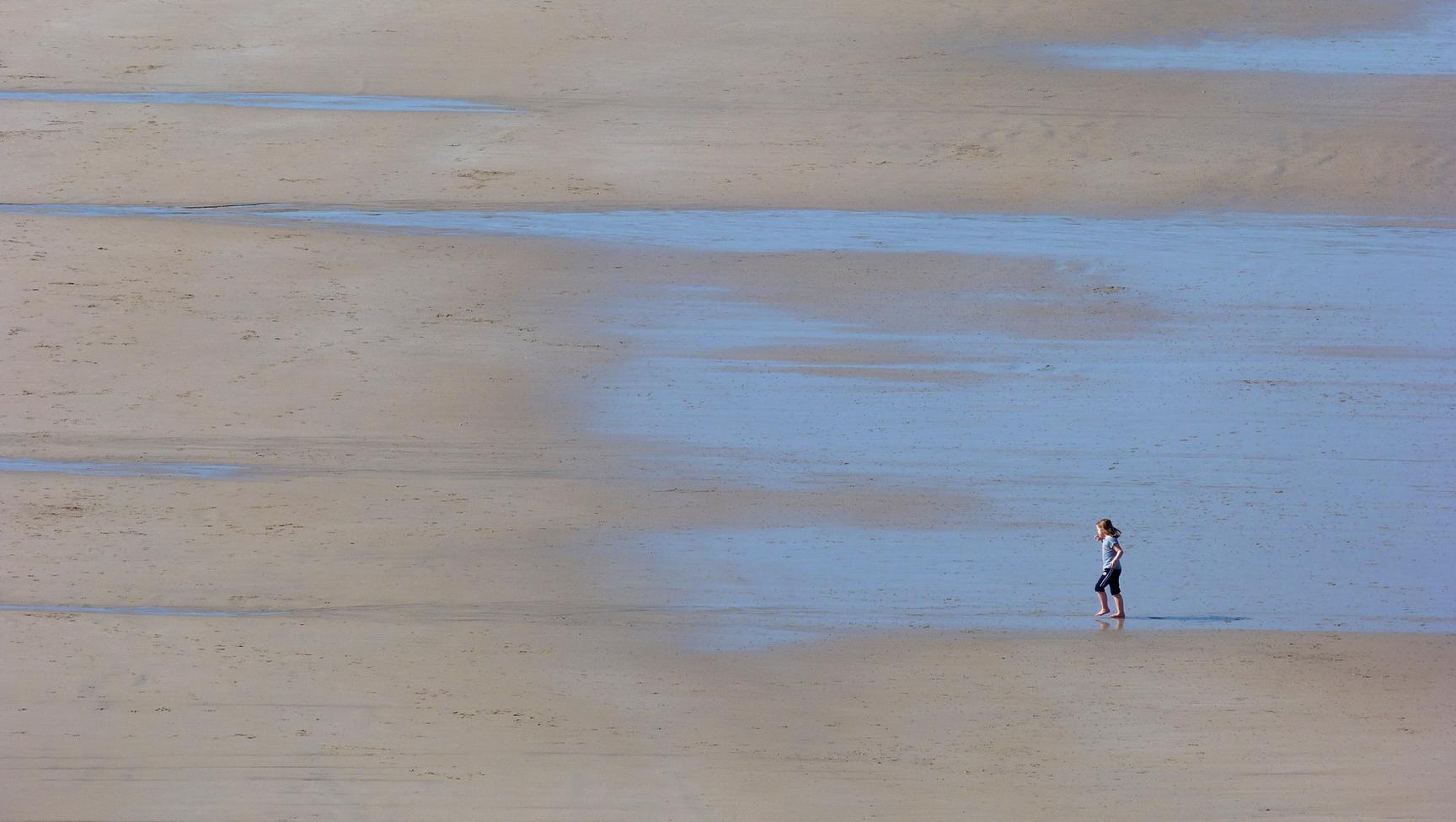 Anais on beach2