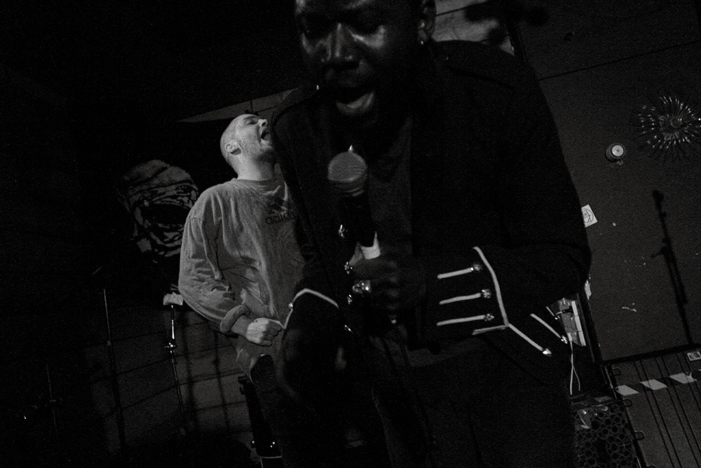 Young_Fathers_01