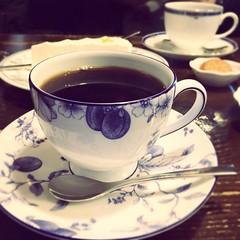 昨日のお散歩帰り。 佐鳴湖畔にあるカフェリアさんでコーヒータイム☕️ お店の雰囲気も良かったしコーヒーも美味しかった❀.(*´◡`*)❀. ちょっと遠いけど、また行きたいなぁ♪ #佐鳴湖 #浜松 #カフェ #カフェリア #風変里家 #hamamatsu #japan #cafe #coffee