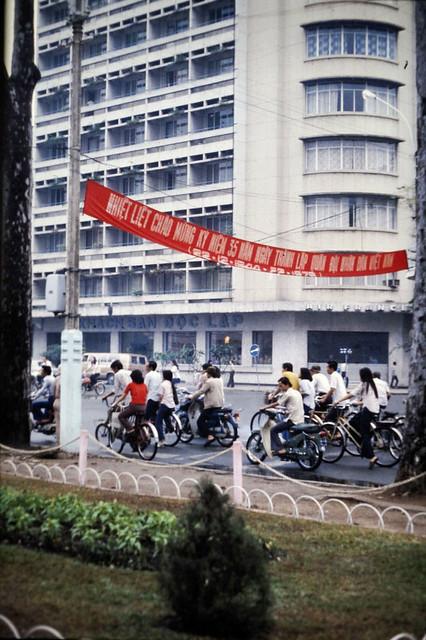 SAIGON 1979 - KS ĐỘC LẬP (Caravelle Hotel)
