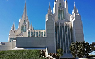 mormon temple at la jolla