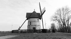 Moulins d'hier... et d'aujourd'hui - Photo of Frucourt