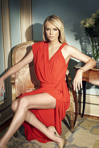 Charlize-Theron-Hot-1