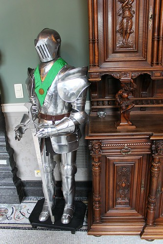 plate armor of knight