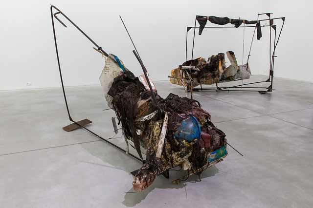 Overzichtstentoonstelling van Peter Buggenhout in M