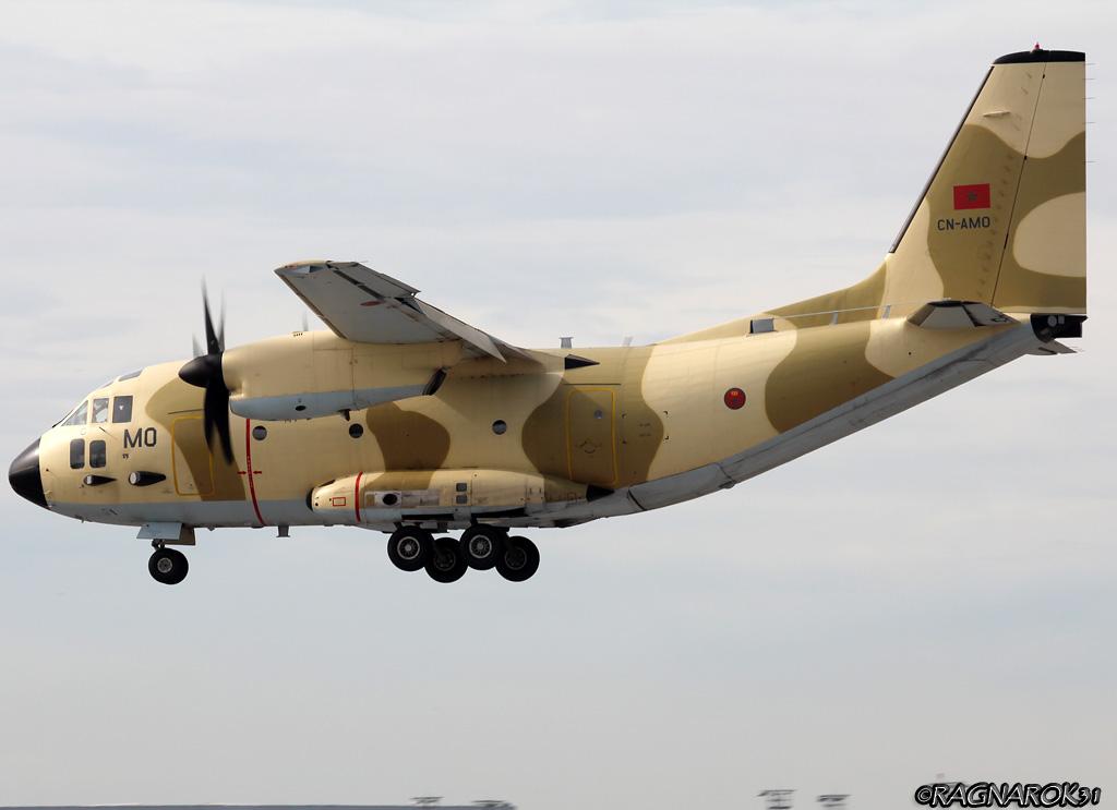 طائرات النقل العاملة بالقوات المسلحة المغربية - صفحة 2 16762066381_c0fb6fc955_o