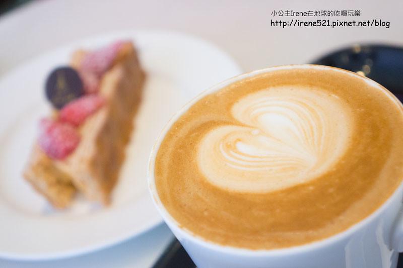 15.02.23-agnes b. Cafe