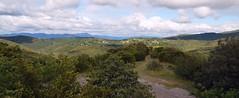 DFCI vers Carnoulès et panorama sur le hameau des Puechs