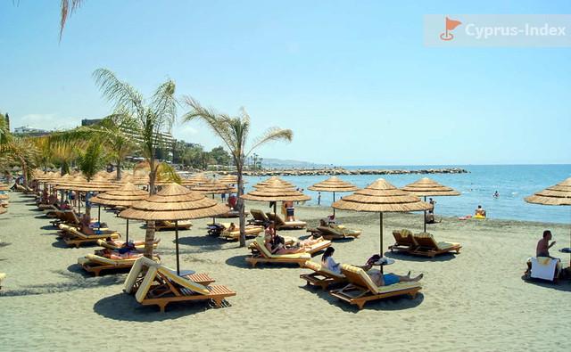 Пляжи города Лимассол Кипр
