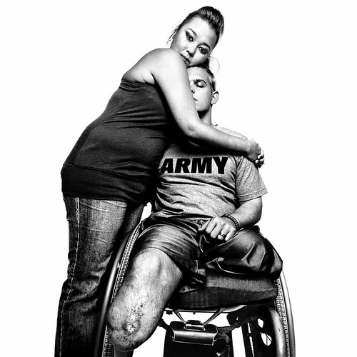 3_Platon_Sergeant-Tim-Johannsen-and-his-wife,-Jacquelyne-Kay,-Walter-Reed-Army-Medical-Center,-2008_All-Copyright-Platon