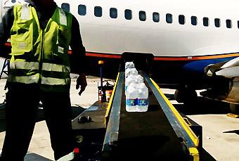 DAP carga de agua de ayuda en B732 (DAP)