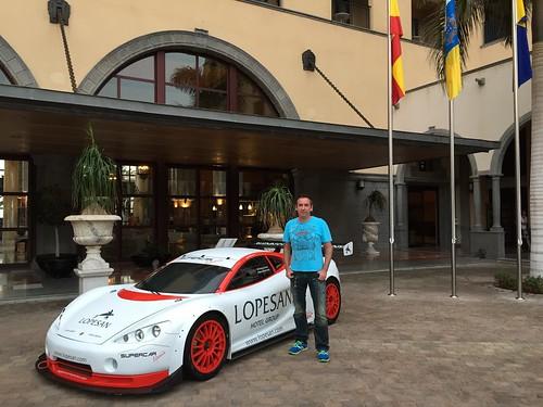 Bernd und das Supercar
