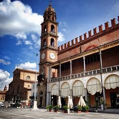 18 @portalemeteoemiliaromagna - Faenza nel sole primaverile