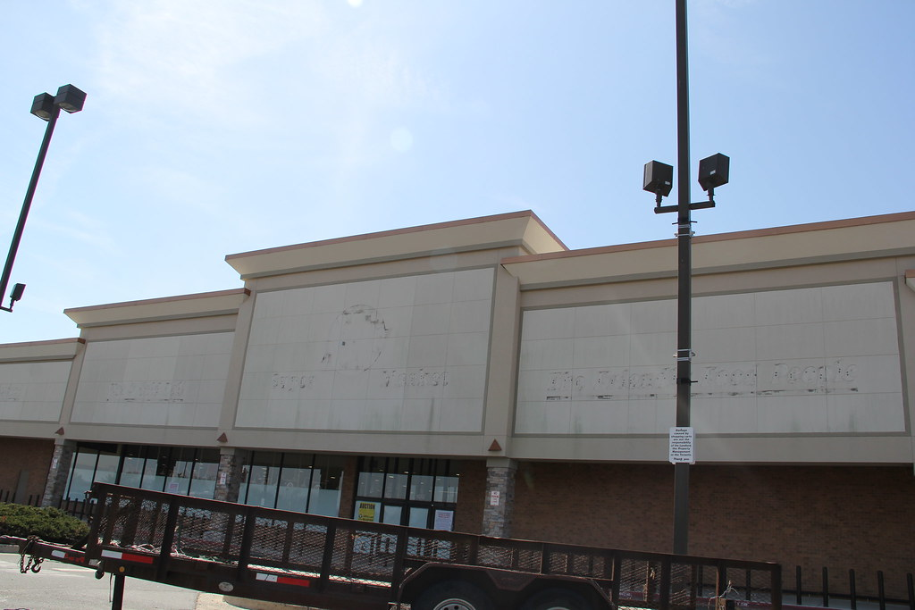 Beards Hill Plaza Shopping Center Maryland Around Guides