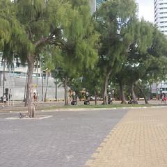 A Policia  pedalando