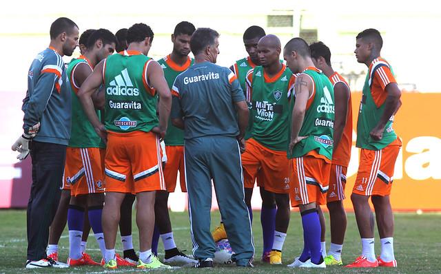 Fluminense: Em treino tático, técnico Ricardo Drubscky mantém base dos titulares