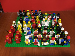 I love the 80s mini figures packs, these are the ones I currently have: 0012 Space minifigures (red) x 2 from 1979 0015 Space minifigures (red, white and yellow) from 1979 6302 Town Mini-figures set from 1982 6308 Policemen from 1982 6701 Space Minifig Pa