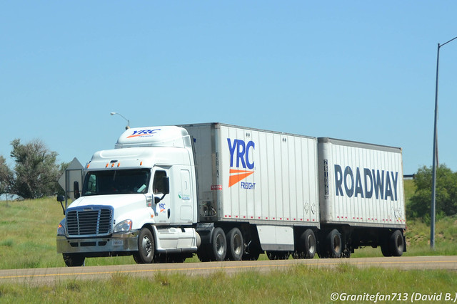 YRC Freight Freightliner Cascadia with Doubles (NM)