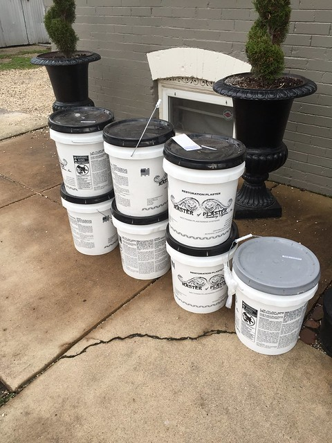 Base Coat Plaster : Historic plaster restoration with master of