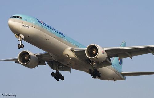 B773 - Boeing 777-3B5