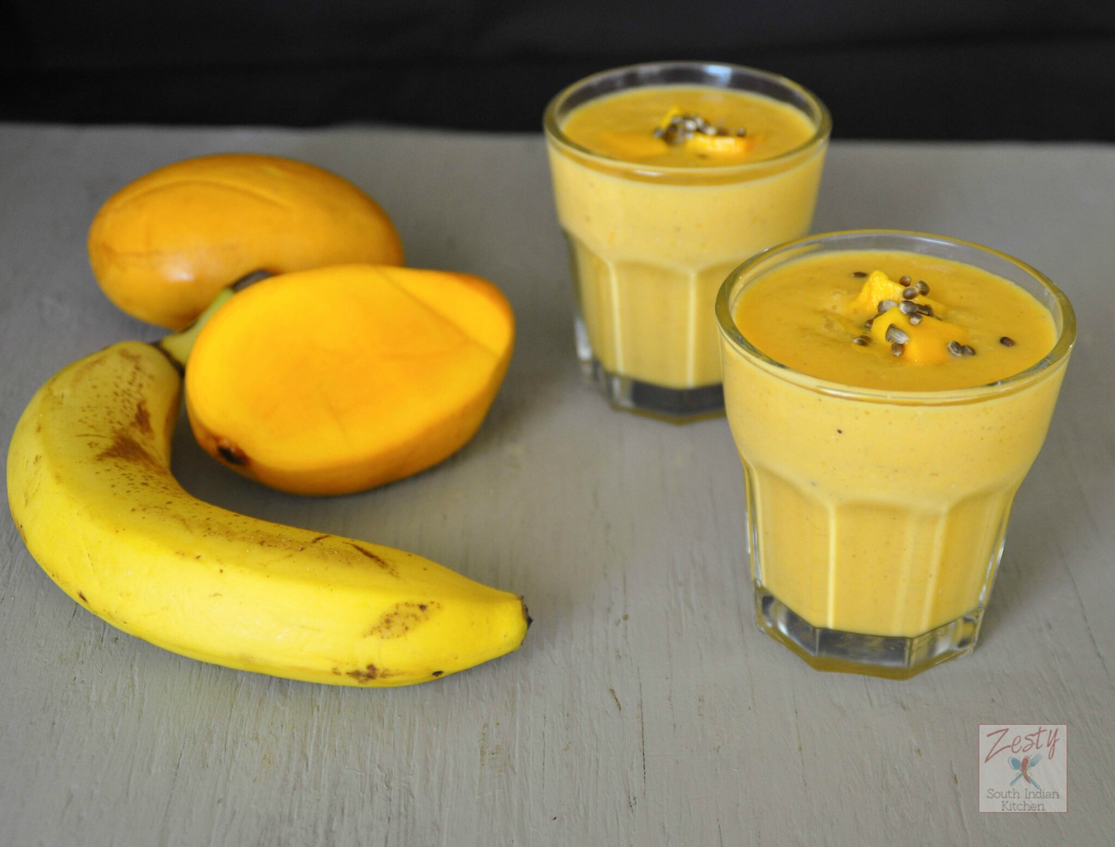 How to Make Banana & Mango Shake