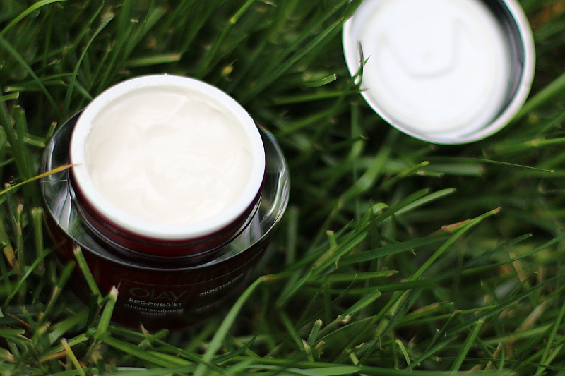 Olay-Regenerist-Micro-Sculpting-Cream-moisturizer-4