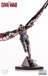Iron Studios 美國隊長3:英雄內戰【獵鷹】Falcon 1/10 比例全身雕像