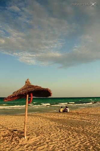 sunset sun beach canon tramonto nuvole mare tunisia djerba ombra sole ombrelloni spiaggia andreaprinelliphoto andreaprinelli prinelli