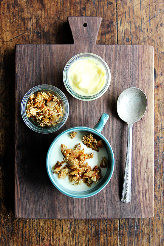 breakfast: yogurt, lemon curd, granola