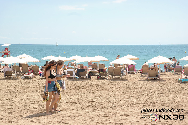 barcelona Playa de Sant Sebastià Beach pretty girls