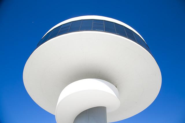 Centro Niemeyer, Avilés