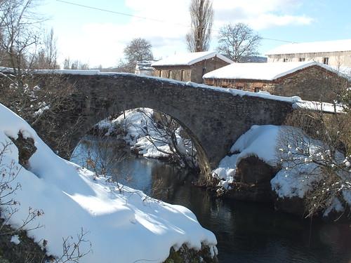 Río Curueño en Valdepiélago