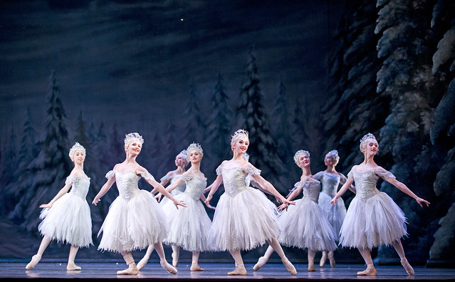 The Corps de ballet in The Royal Ballet's Nutcracker © ROH, 2013