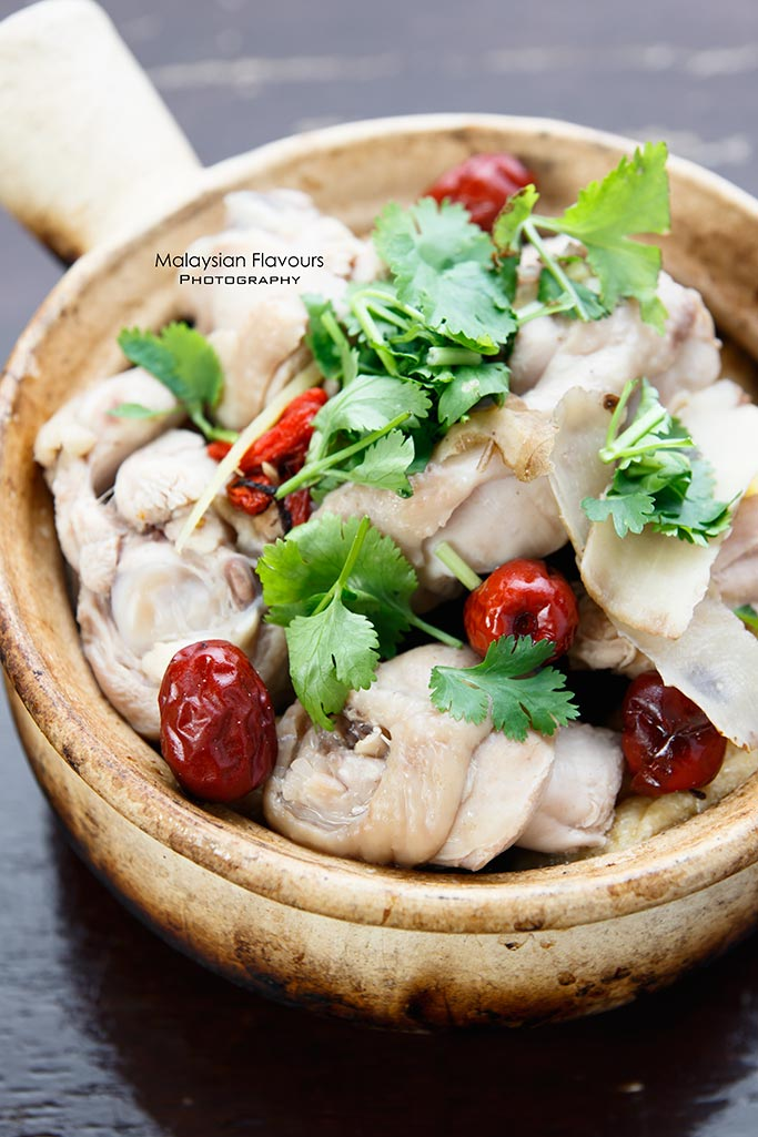 hawk-fish-ttdi-kl-delicious-uncle-chee-herbal-wine-chicken