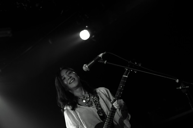 RoundFace live at 獅子王, Tokyo, 25 Mar 2015. 437