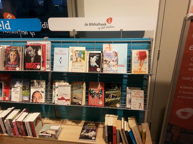 Bibliotheek op het station Haarlem