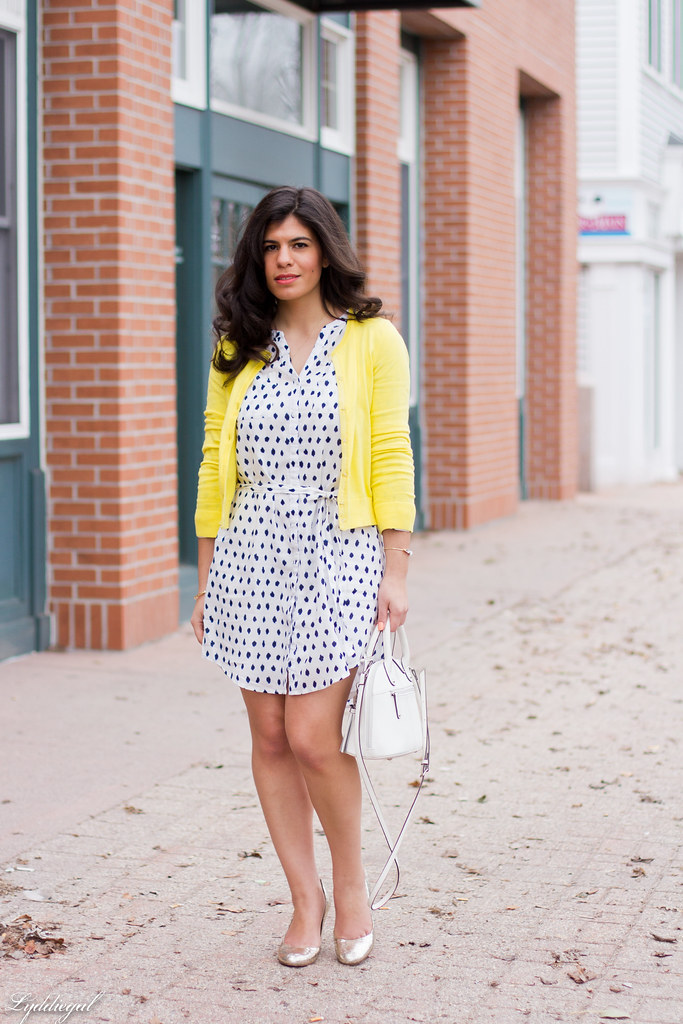 polka dot shirt dress, yellow cardigan, silver pumps.jpg