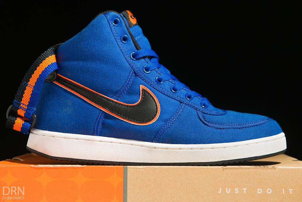 2005 Blue & Orange Vandals.