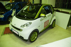 automobile, vehicle, electric car, city car, compact car, land vehicle, electric vehicle, hatchback,