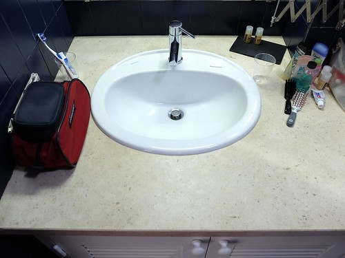 The hotel sink