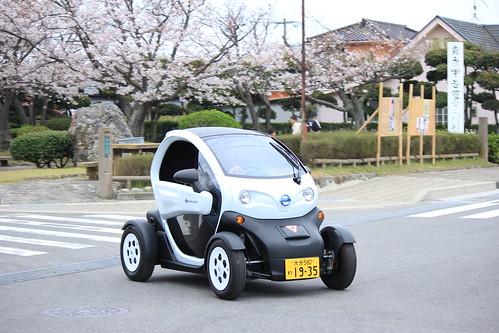 大分県姫島を走る超小型電気自動車