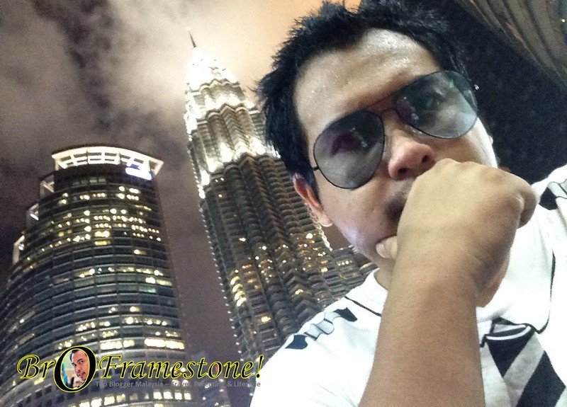 Avenue K Rooftop Background Petronas Twin Tower KLCC