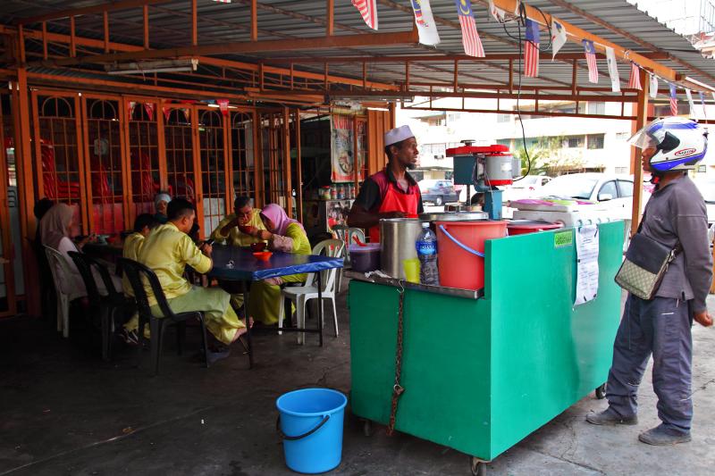 Mamak-Thamby-Abdullah-Melaka-Ais-Kacang