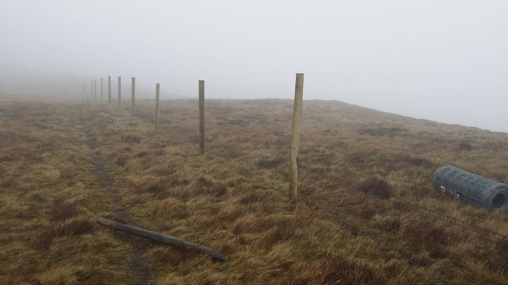 Fence replacement on Blake Fell #sh